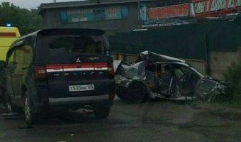 В тройном ДТП во Владивостоке погиб водитель