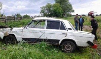 В Татарстане пьяный водитель опрокинул авто в кювет: погиб пассажир