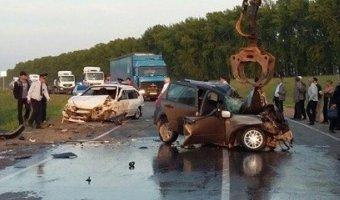 В Башкирии в ДТП один человек погиб, шесть пострадали
