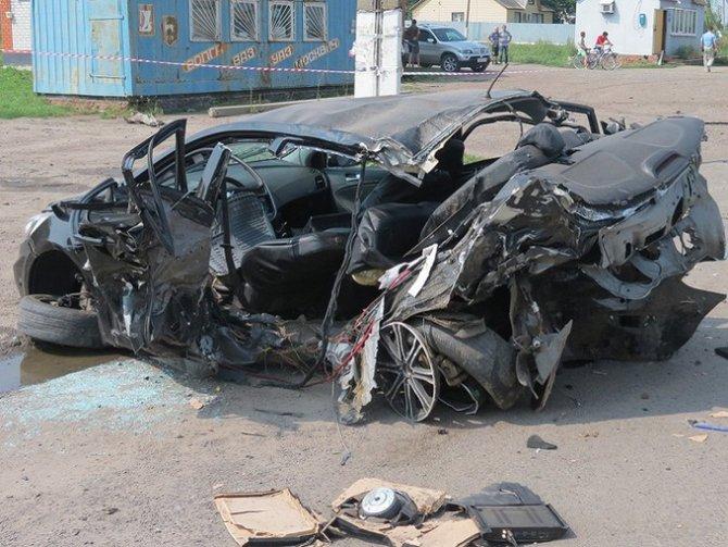 Под Курском в ДТП погибла семейная пара полицейских (4).jpg