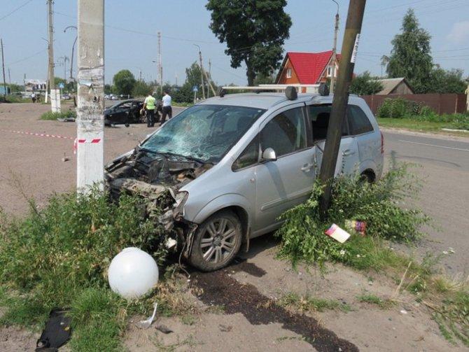 Под Курском в ДТП погибла семейная пара полицейских (3).jpg