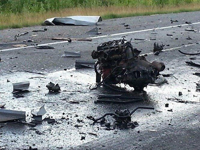 В ДТП с бензовозом в Югре погибли два человека (3).jpg