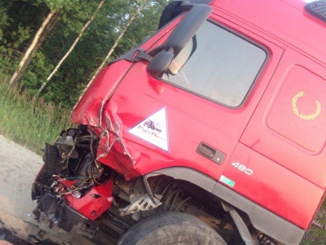 В Новом Уренгое в ДТП с бензовозом погиб человек (3).jpg