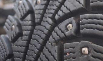Шипы или жизнь: украинские автомоблисты обсуждают проект закона о зимней резине