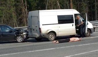 На Новоприозерском шоссе в Ленобласти насмерть сбили пешехода