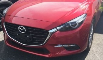 В Сети появились фото нового хэтчбека Mazda3