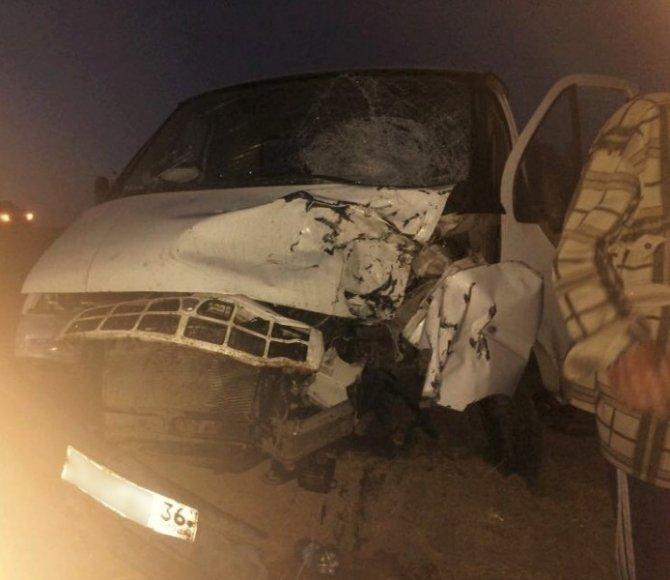 Под Астраханью в ДТП с «Газелью» и мотоциклом погибли два человека (3).jpg