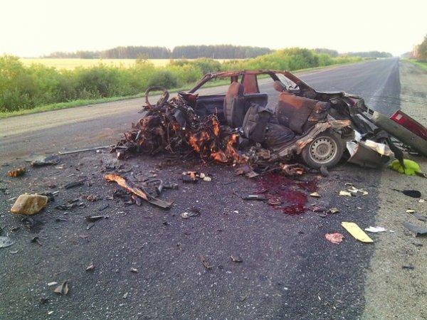 В Троицком районе в ДТП с грузовиком погибли три человека.jpg