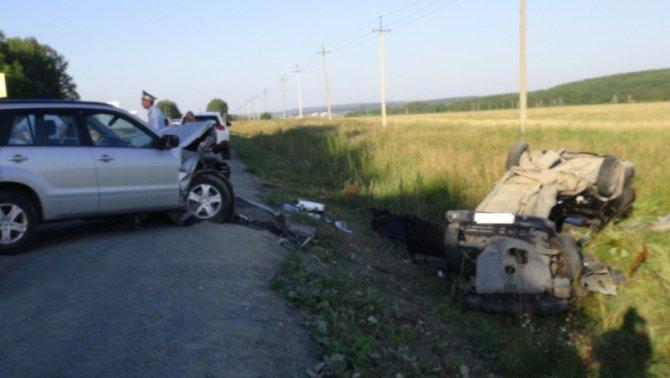 Под Екатеринбургом в ДТП погибла девочка (3).jpg
