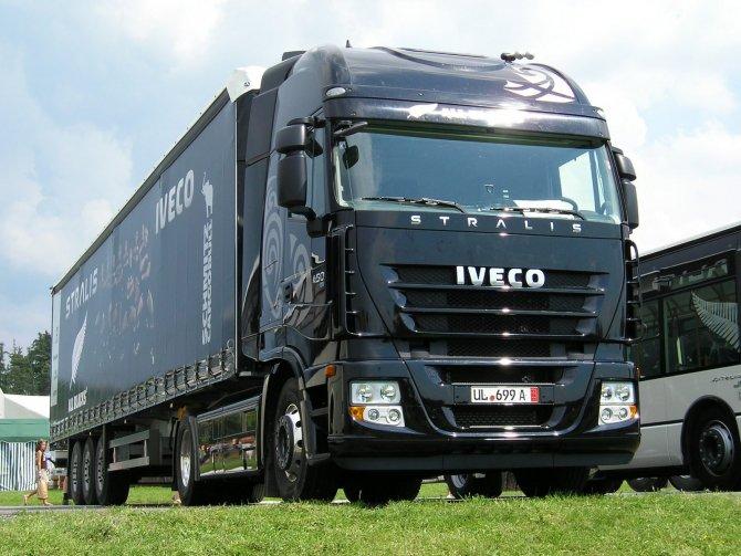 Скоро начнутся продажи грузовика Iveco Stralis (1).jpg