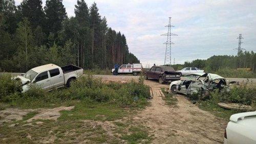 На трассе Тюмень - Ханты-Мансийск в ДТП погибли два человека (3).jpg