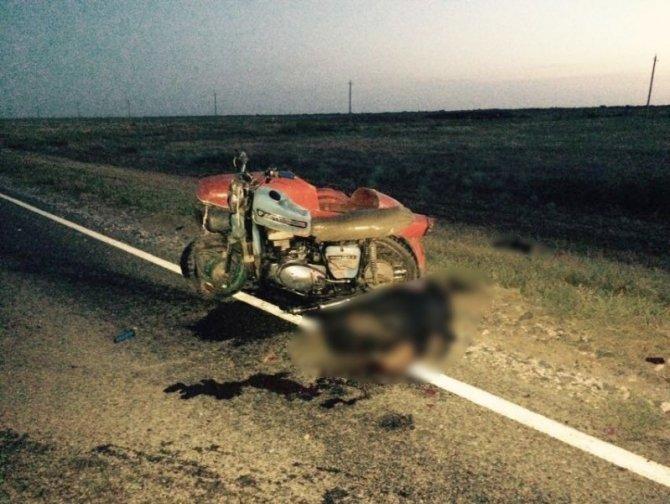 Под Астраханью в ДТП с «Газелью» и мотоциклом погибли два человека (1).jpg