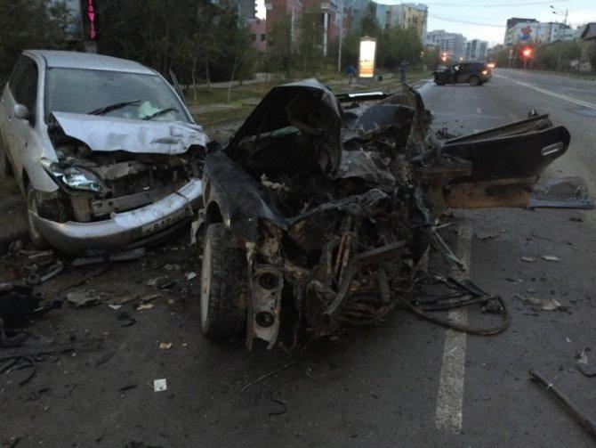 В Якутске по вине пьяного водителя погибли два человека (2).jpg