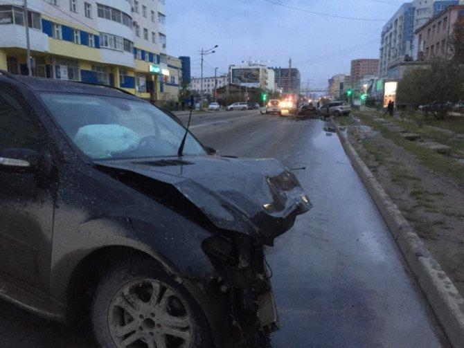 В Якутске по вине пьяного водителя погибли два человека (3).JPG