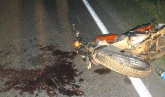 Мотоцикл столкнулся с грузовиком в Петровском районе