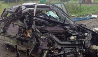 В Красноярском крае в ДТП погибли женщина-водитель и двое детей