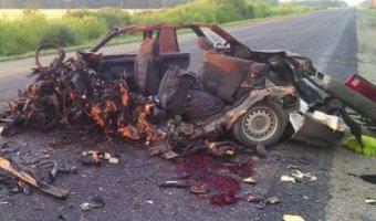 В Троицком районе в ДТП с грузовиком погибли три человека