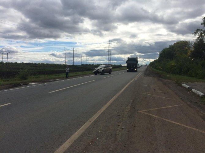 В Волжском районе в ДТП погиб водитель Renault без прав (3).jpg