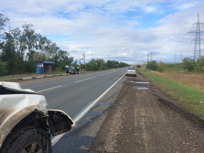 В Волжском районе в ДТП погиб водитель Renault без прав (1).jpg