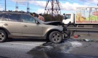 Водитель BMW погиб в ДТП на Мурманском шоссе