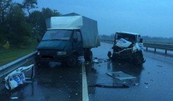 На Кубани водитель эвакуатора уснул за рулем и устроил смертельное ДТП