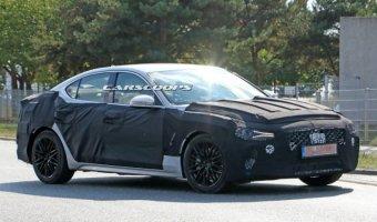 На тестах замечен новый седан Genesis G70