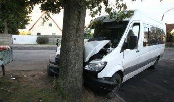 В ДТП с маршруткой в Калининграде пострадали шесть человек
