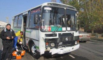 В ДТП с автобусом в Братске пострадали восемь человек