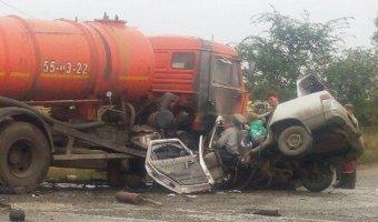 В Кургане в ДТП с КамАЗом погибли четыре человека