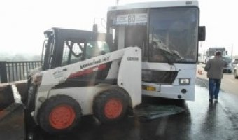 В Красноярске в ДТП с маршруткой пострадали 13 человек