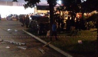 В Сочи в ДТП на автобусной остановке погибли два человека