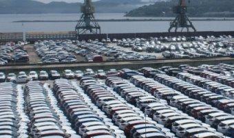 Через таможню Владивостока стали ввозить больше автомобилей