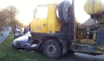 В Динском районе в ДТП с бетономешалкой погиб человек