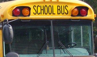 В Вашингтоне в ДТП со школьным автобусом пострадали более 40 детей
