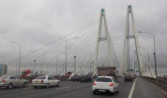 На Большом Обуховском мосту через Неву ограничат движение до конца октября