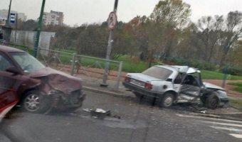 Пенсионер и младенец пострадали в ДТП в Колпино