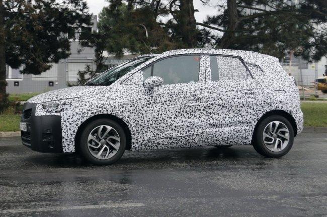 Появился тизер нового Opel Crossland X (1).jpg