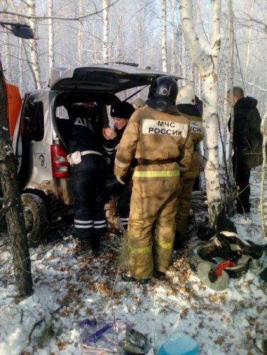 Под Невьянском в ДТП с КамАЗом погибли женщина и ребенок (2).jpg