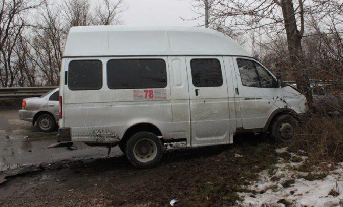 В ДТП на «грузовой восьмерке» в Ульяновске пострадали 11 человек (11)