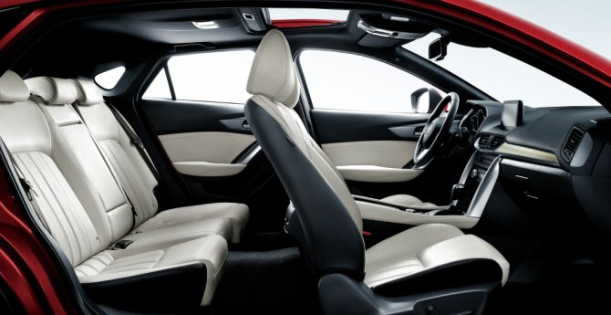 Mazda CX-4 (1)
