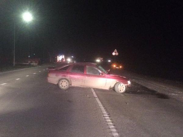 В ДТП с грузовиком в Ростовской области пострадали четыре человека (1)