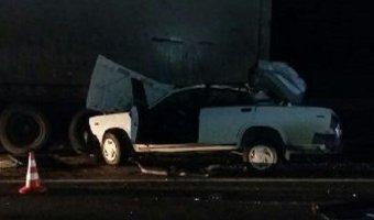 В ДТП с фурой в Выселковском районе погибла молодая пассажирка ВАЗа
