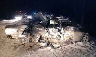 В ДТП под Сургутом погибли четыре человека