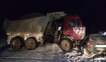 В Прикамье в ДТП с КамАЗом погибли два человека