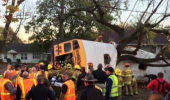 В США в ДТП со школьным автобусом погибли шесть человек