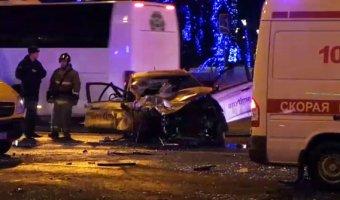 В ДТП на Земляном Валу в Москве погиб человек