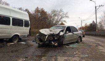 В ДТП на «грузовой восьмерке» в Ульяновске пострадали 11 человек