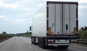 Россия и Латвия договорились о дополнительных разрешениях на автоперевозки в 2016 году
