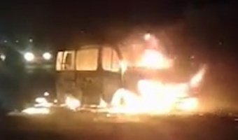 В Дагестане после ДТП взорвалась маршрутка: есть пострадавшие