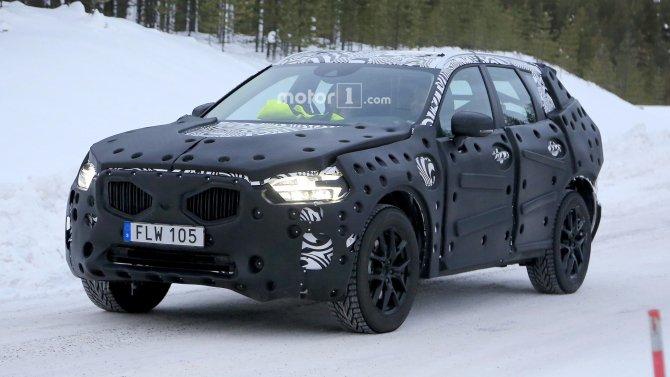 В Сети появились фото нового Volvo XC60 (4)